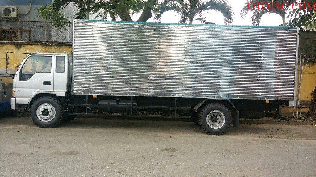 xe tải jac 8.45 tấn thùng kín