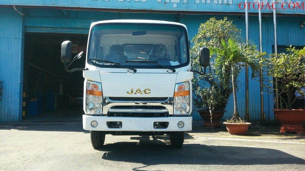 xe tải jac 2.35 tấn