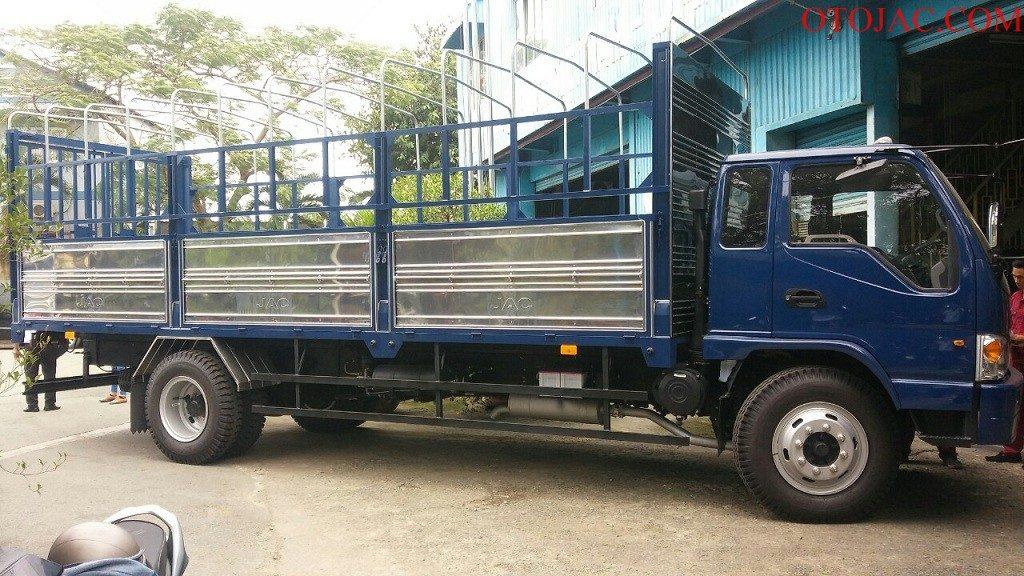 xe tải jac 8.45 tấn thùng mui bạt