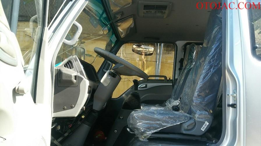 nội thất cabin xe tải jac 9.1 tấn