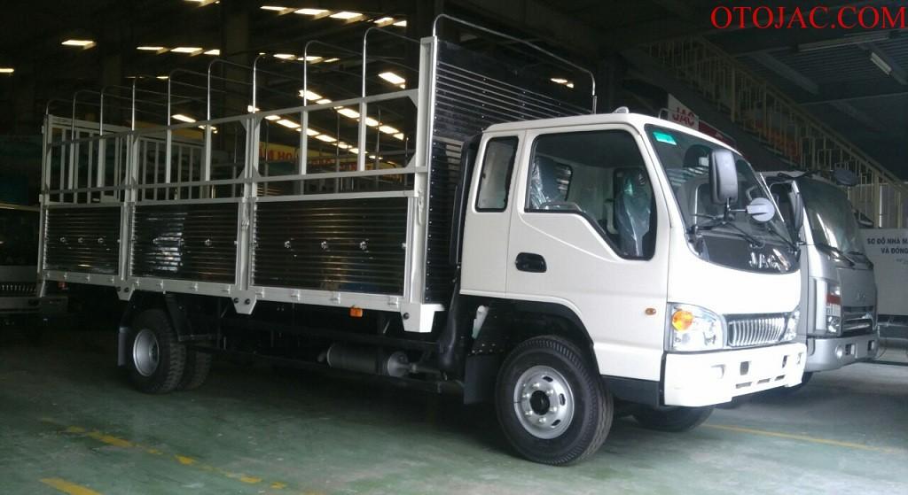 xe tải jac 6.4 tấn thùng bạt