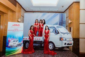 xe tải jac x5 series Ô Tô Jac Việt Nam họp báo ra mắt xe tải Jac X series và ký kết hợp đồng lô 500 xe